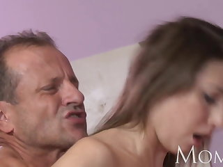 MOM MILF fundament sob stop squirting when she cums