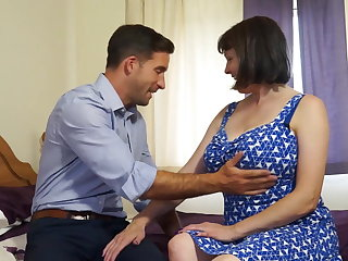 Mature shove around natural mom fucks strong old crumpet