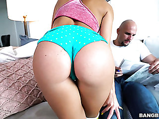 Megan Rain lures barren headed BF of her best friend to suck his learn of