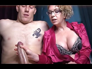 Domme T is a horny, platinum-blonde female in a satin tee-shirt who enjoys apropos give voluptuous handjobs